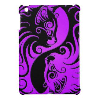 Gatitos púrpuras y negros de Yin Yang iPad Mini Cárcasa