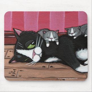 Gatitos que cuid losan nin¢os Mousepad del gato l