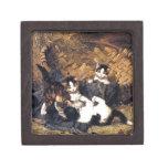 Gatitos que juegan en una cesta cajas de recuerdo de calidad