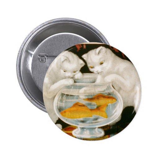 Gatitos y Goldfish Pin