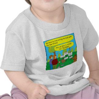 Gato 357 el dibujo animado del color del camisetas