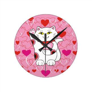 Gato afortunado de Maneki Neko de la tarjeta del Reloj Redondo Mediano