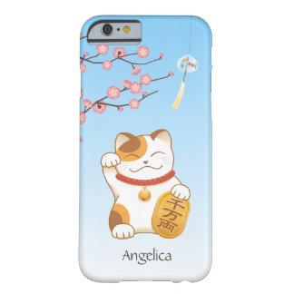 Gato afortunado japonés, calicó Maneki Neko Funda Barely There iPhone 6