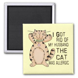 Gato alérgico imán cuadrado