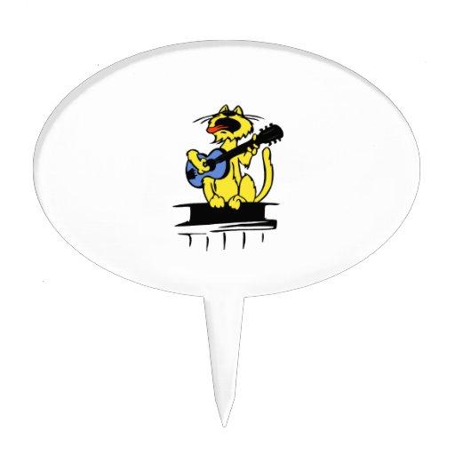 gato amarillo que juega la guitarra azul y singing decoración de tarta