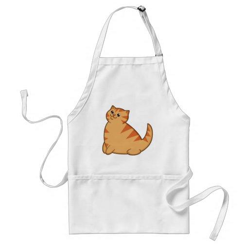 Gato anaranjado gordo feliz delantal