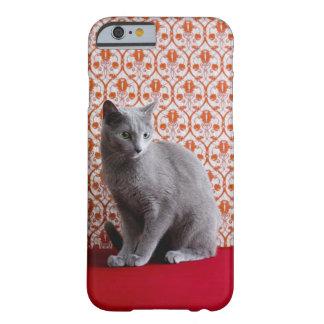 Gato (azul ruso) y fondo del papel pintado funda para iPhone 6 barely there