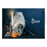 Gato blanco de Halloween Felicitaciones