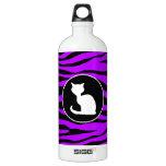 Gato blanco en rayas púrpuras eléctricas de la