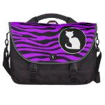 Gato blanco en rayas púrpuras eléctricas de la ceb bolsas para portatil