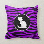 Gato blanco en rayas púrpuras eléctricas de la ceb almohadas