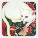 Gato blanco en un amortiguador pegatina cuadrada