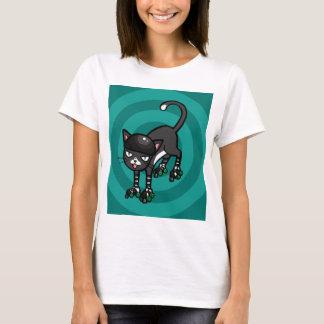 Gato blanco y negro en Rollerskates Playera