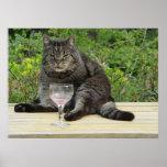 """Gato """"Bram"""" en la tabla con una copa de vino Impresiones"""