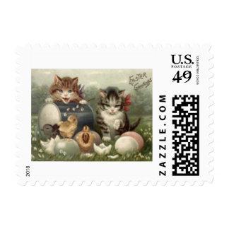 Gato coloreado polluelo del gatito del huevo de timbres postales