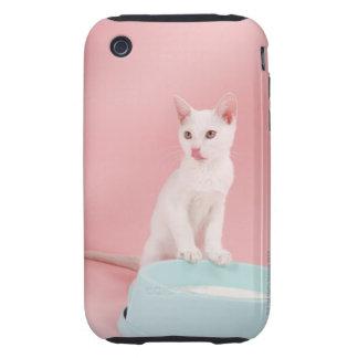 Gato con el cuenco de leche funda though para iPhone 3