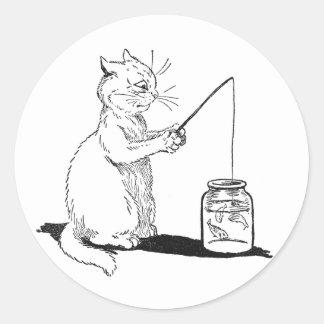 Gato con la caña de pescar pegatina redonda