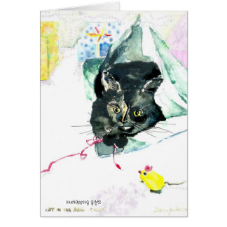 gato con la cinta y el papel de embalaje tarjeta de felicitación