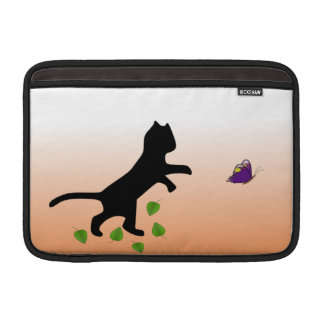 Gato con la mariposa funda macbook air
