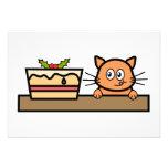 Gato con la torta del navidad invitaciones personalizada
