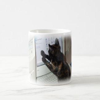 Gato con PC Taza Clásica
