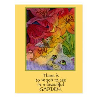 Gato curioso del jardín tarjeta postal