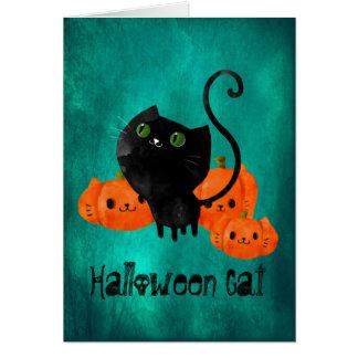 Gato de Halloween con las calabazas Tarjeta