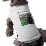 Gato de la vuelta camisetas de perro
