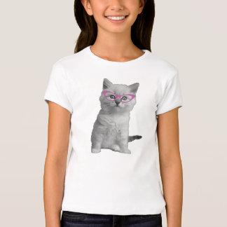 Gato de los chicas con la camisa de los vidrios