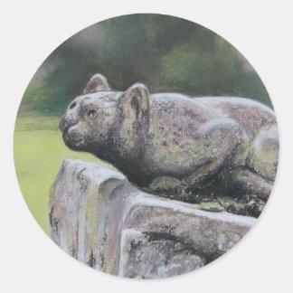 Gato de piedra pegatina redonda