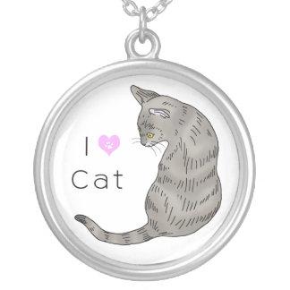 gato de tabby gris (ojos del amarillo) colgante redondo