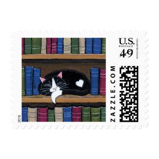 Gato del amor el | del libro que duerme en sellos postales