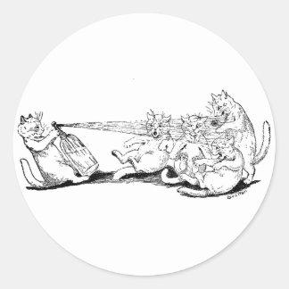 Gato del bromista con el sifón de la soda etiquetas redondas