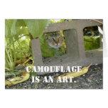 Gato del camuflaje tarjetón