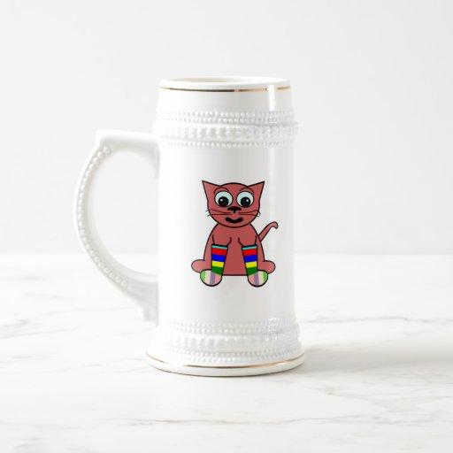 Gato del dibujo animado en calcetines del arco iri taza de café