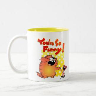 Gato del dibujo animado y ratón/ratón divertidos taza de dos tonos