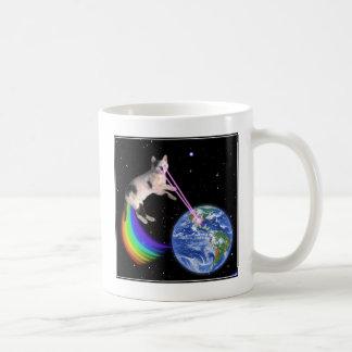 Gato del espacio del arco iris del laser taza básica blanca