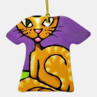 gato del muchacho adorno de cerámica en forma de camiseta