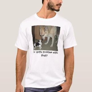 Gato del pastor alemán y del gatito playera