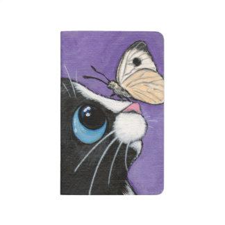 Gato del smoking y pintura blanca de la mariposa cuadernos grapados