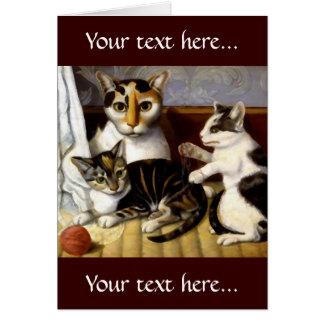 Gato del vintage con los gatitos tarjeta de felicitación
