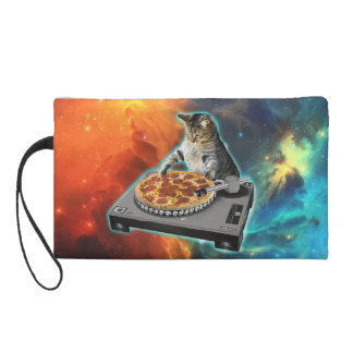 Gato DJ con la tabla de los sonidos del disc