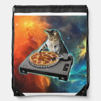 Gato DJ con la tabla de los sonidos del disc Mochilas