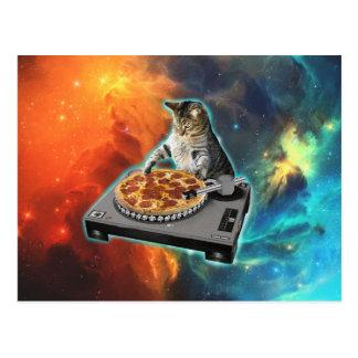 Gato DJ con la tabla de los sonidos del disc Postal