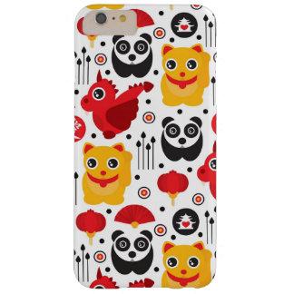 Gato, dragón, y panda afortunados de China Funda De iPhone 6 Plus Barely There