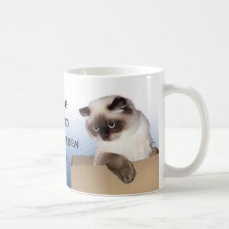 Gato en la caja Himalayan Taza Clásica