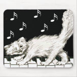 Gato en las llaves del piano tapete de ratones