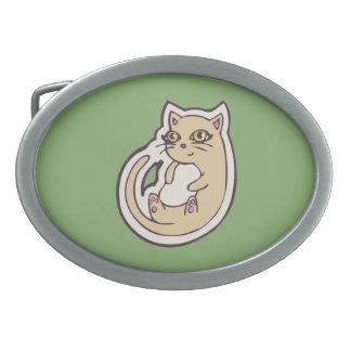 Gato en su diseño blanco lindo trasero del dibujo hebilla de cinturon oval
