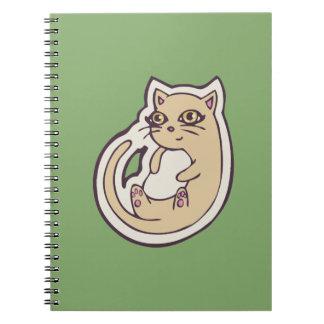 Gato en su diseño blanco lindo trasero del dibujo libros de apuntes con espiral