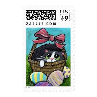 Gato en un franqueo de la cesta de Pascua (medio)